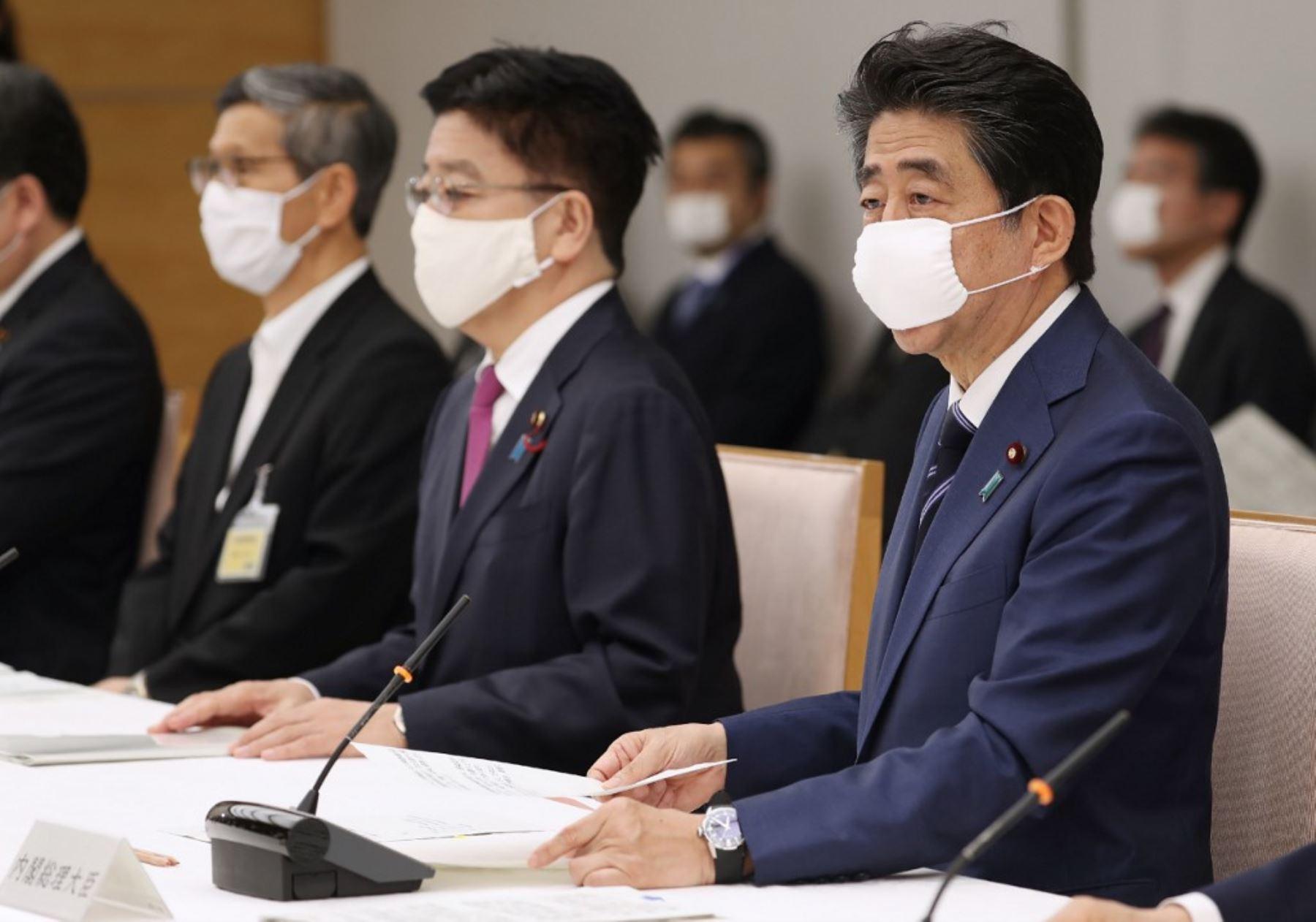 El primero en declarar el estado de emergencia, primero para Tokio y seis prefecturas y luego para todo el país, fue el ex primer ministro Shinzo Abe en abril del 2020 (Foto: Andina)